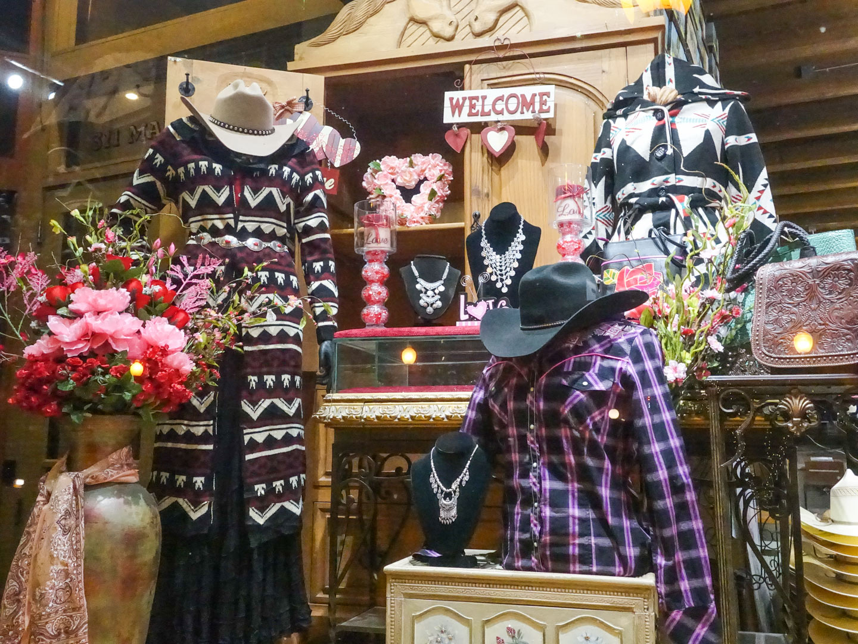 Estilo velho-oeste das lojas de Dallas